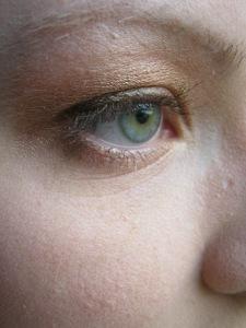 gold/pink smokey eye