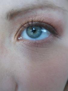 soft gold/pink smokey eye