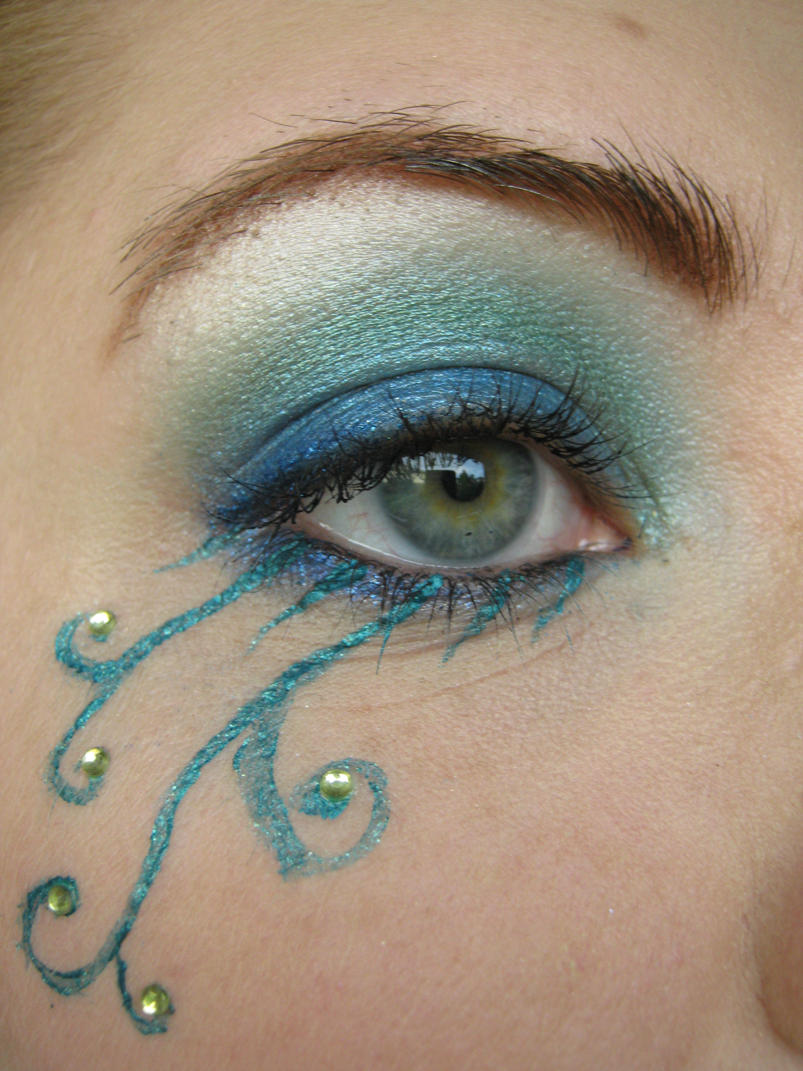 Eyeshadow For Brown Eyes: Experimental Dryad Makeup, Using Fyrinnae Eyeshadow